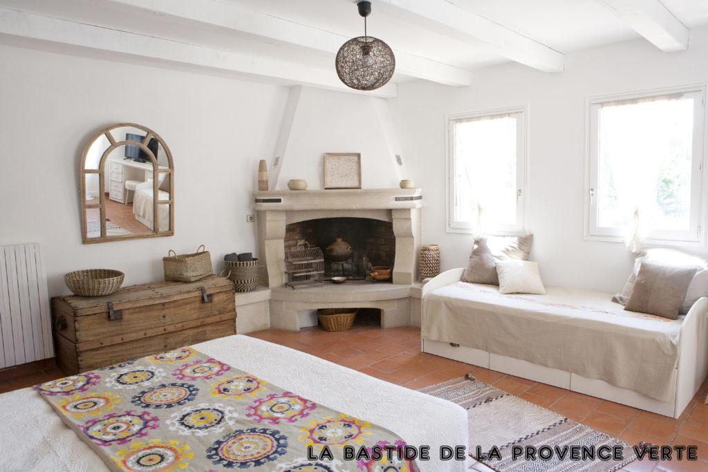 chambre romantique la Bohème, Bastide de la Provence Verte