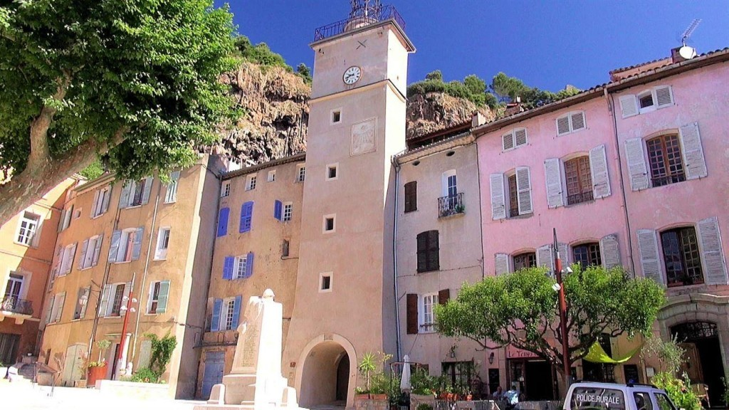 cotignac jolis villages de Provence