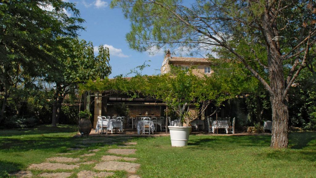 auberge des tuileries restaurants de Provence